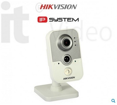 IP Kamera Cube: Hikvision DS-2CD2432F-IW (3MP, 2.8mm, 0.7 lx, IR up to 10m) (IP_kamera)