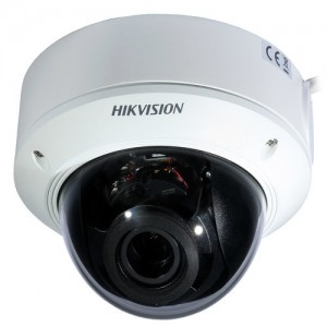 Dome IP Kamera Hikvision DS-2CD1721FWD-IZ (2MP, 2.8-12mm MotoZoom, IK10, IR do 30m)